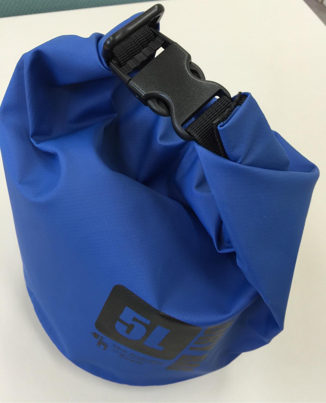 防災やアウトドアに便利な防水バッグ。The Friendly Swede - ≪プレミアム ドライバッグ 2個