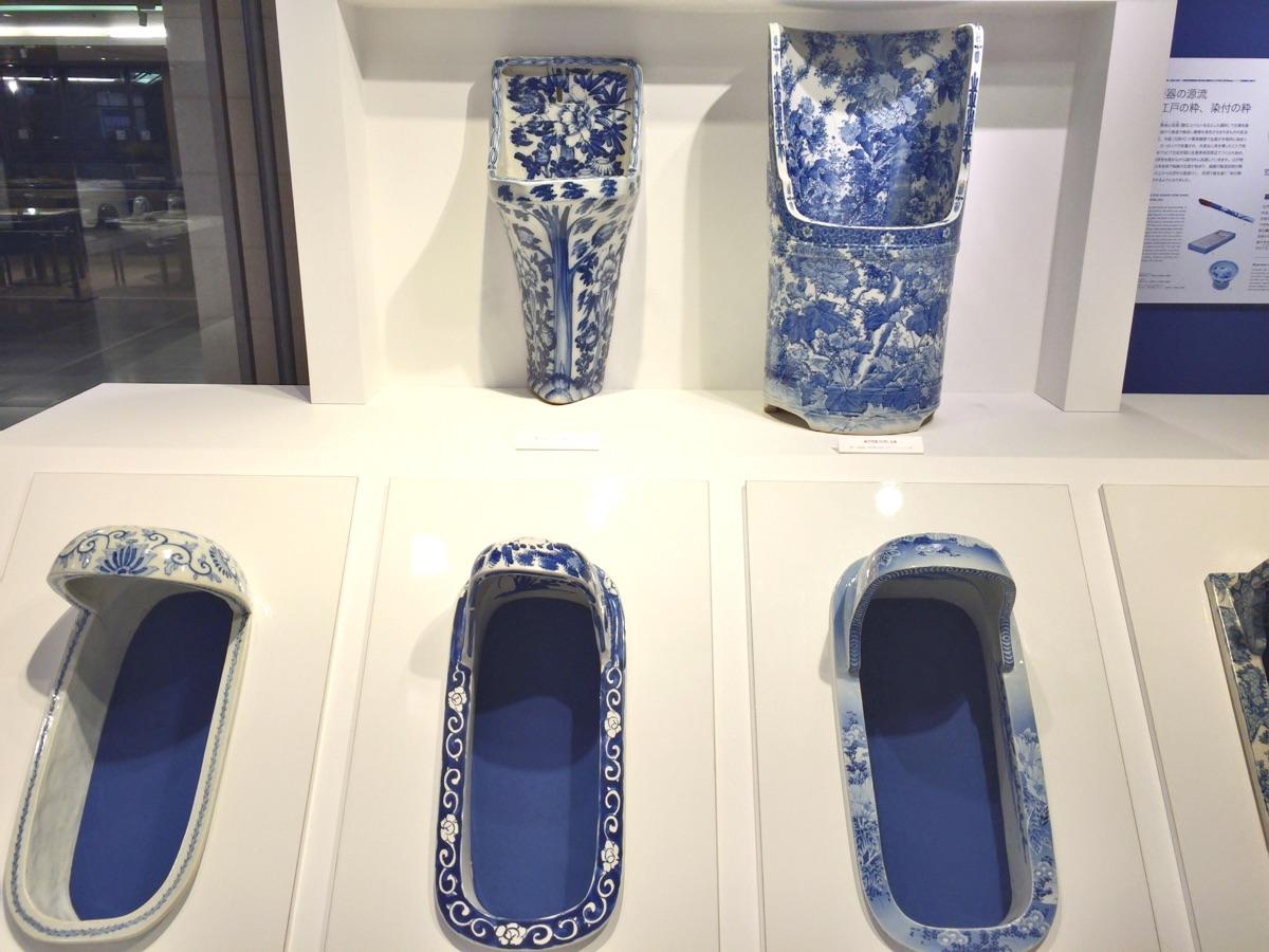 染付古便器の粋-青と白、もてなしの装い