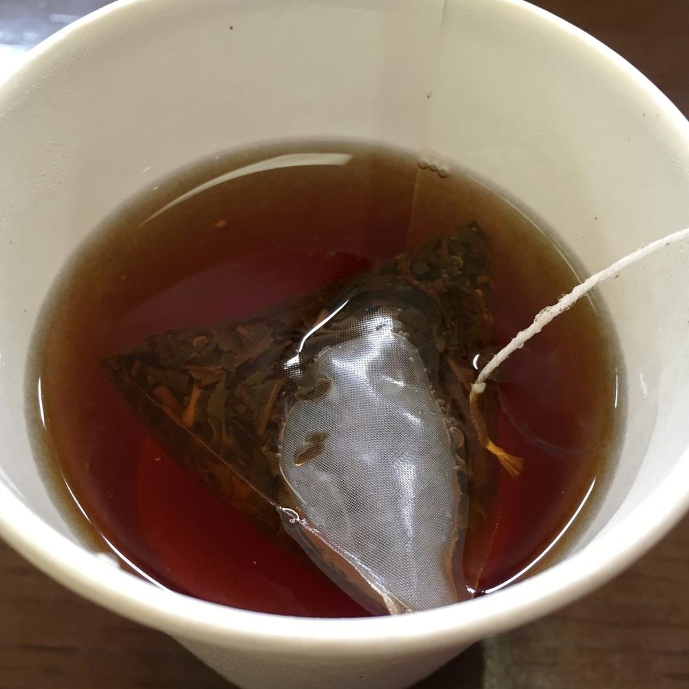 国立劇場で飲んだ「和紅茶」が気になる