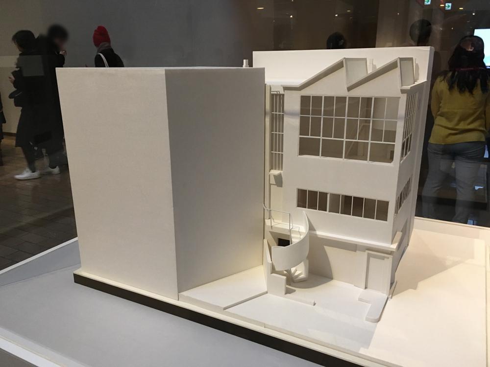 国立西洋美術館で「ル・コルビュジェ 絵画から建築へーピュリスムの時代」を観て来た