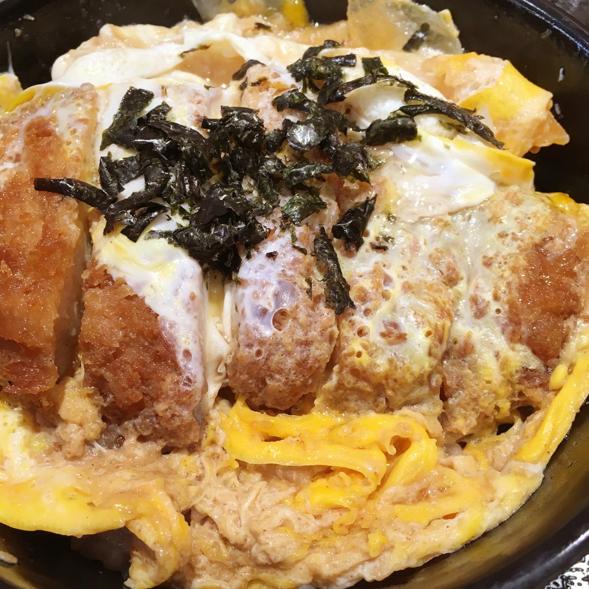いつのまにかできていた、春日付近の「松のや」でカツ丼を食す!