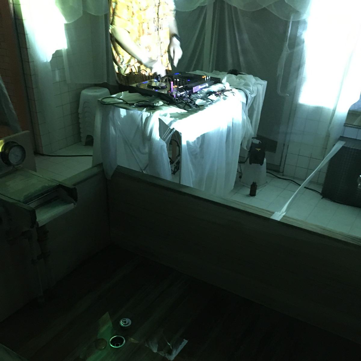 稲荷町、日の出湯で開催された「ダンス風呂屋」に行ってきた!