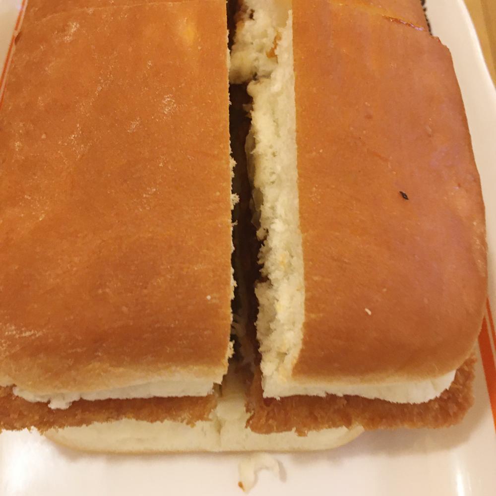 コメダ珈琲店の味噌カツサンドと小倉ノアール!どちらもビッグで味も大満足!